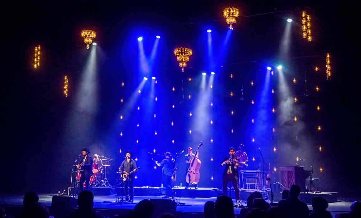 Pulse Lighting provides stage lighting for Old Crowe Medicine Show