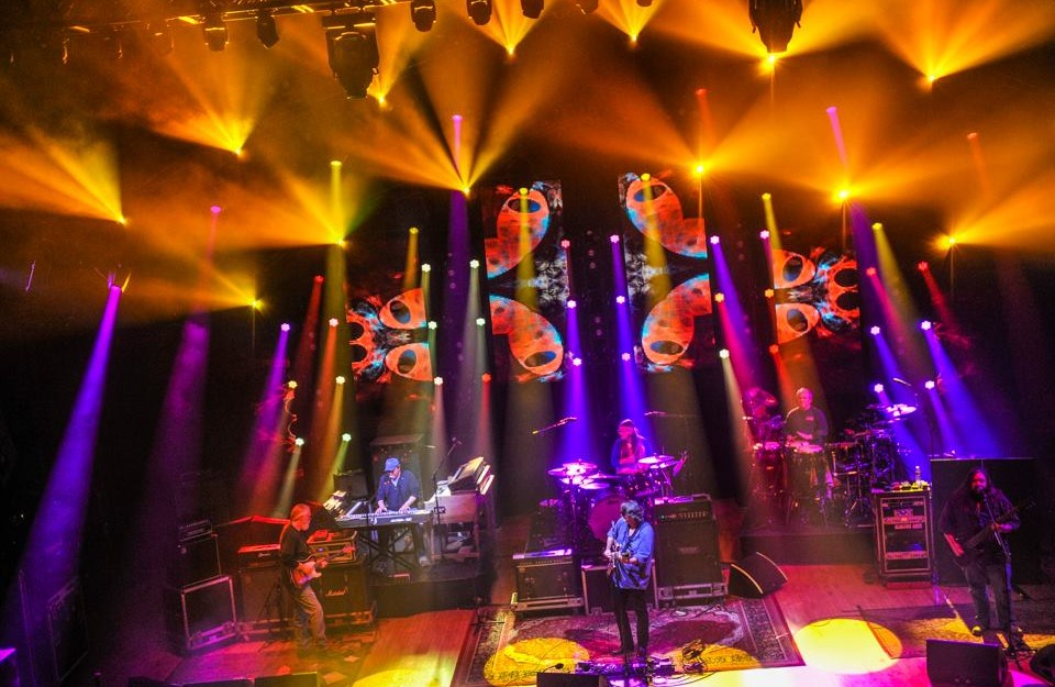 Pulse Lighting providing stage lighting for Widespread Panic 2009-2015.
