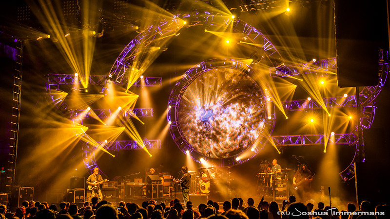 Pulse Lighting provides lighting direction and operation for Widespread Panic.