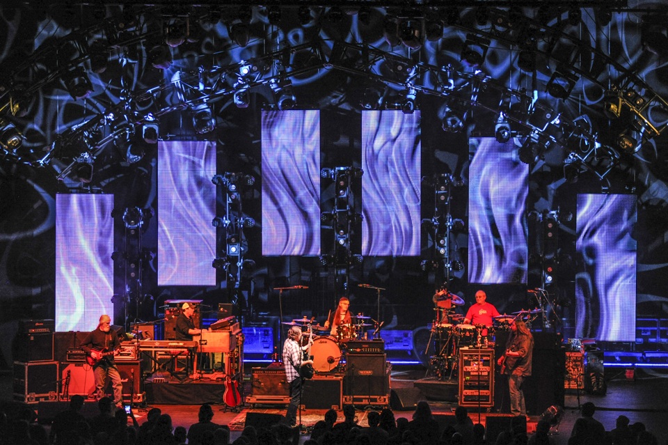 Pulse Lighting providing stage lighting for Widespread Panic 2015.